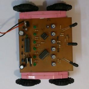 ربات مسیر یاب و آتش نشان